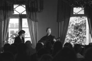 Glen Hansard with Breanndán and Conchúbhair Ó Beagloíchin Tallinn 2017